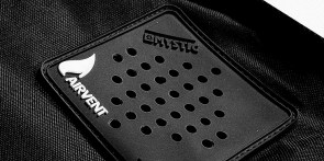 Mystic-Boardbag-Detail-Airvent-Boardbag_1422625318